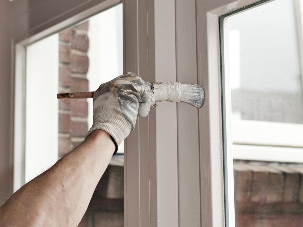 Покраска деревянных окон на дому без вывоза